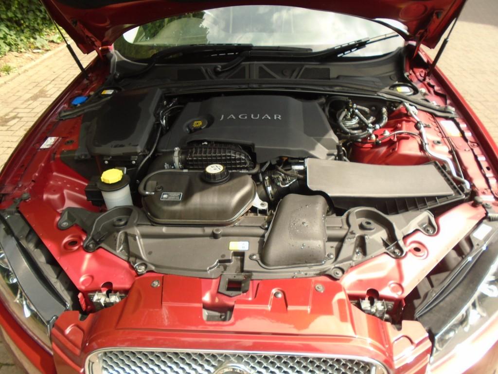 JAGUAR XF 3.0 D V6 PORTFOLIO 4DR AUTOMATIC