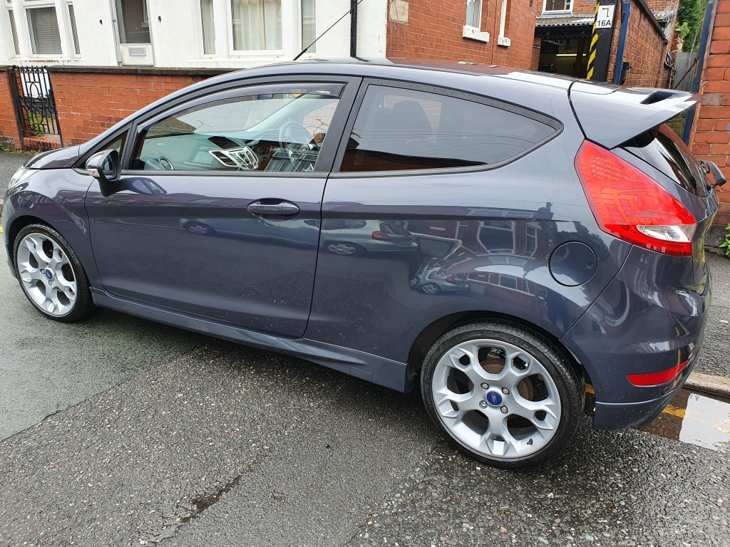 FORD FIESTA 1.6 ZETEC S 3DR BLUETOOTH - POWER FOLD MIRRORS - DAB