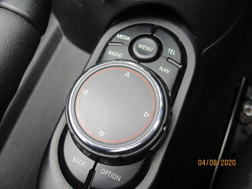 MINI CONVERTIBLE 2.0 COOPER S 2DR AUTOMATIC