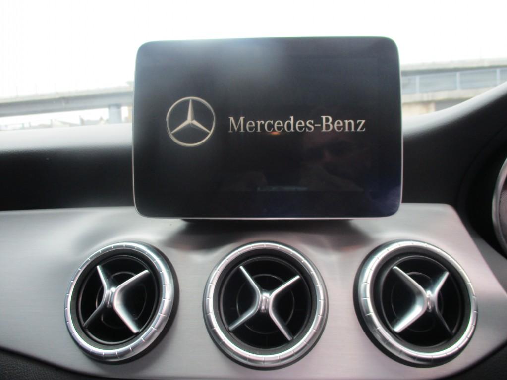 MERCEDES-BENZ CLA 2.1 CLA 220 D 4MATIC AMG LINE 4DR SEMI AUTOMATIC