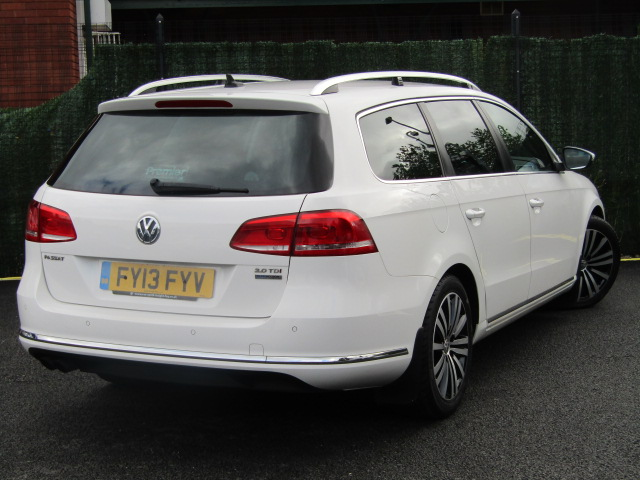 VOLKSWAGEN PASSAT 2.0 SPORT TDI BLUEMOTION TECHNOLOGY DSG 5DR SEMI AUTOMATIC