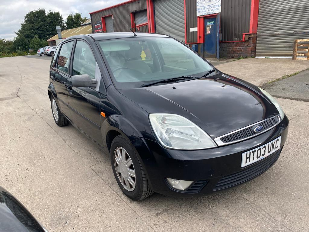 Used FORD FIESTA 1.4 GHIA 16V 5DR in West Yorkshire