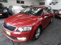 SKODA OCTAVIA 1.6 SE TDI CR  DIESEL EST FSH METALLIC RED ACOUSTIC PARKING CD RADIO USB AUX BLUETOOTH A/C ALLOYS