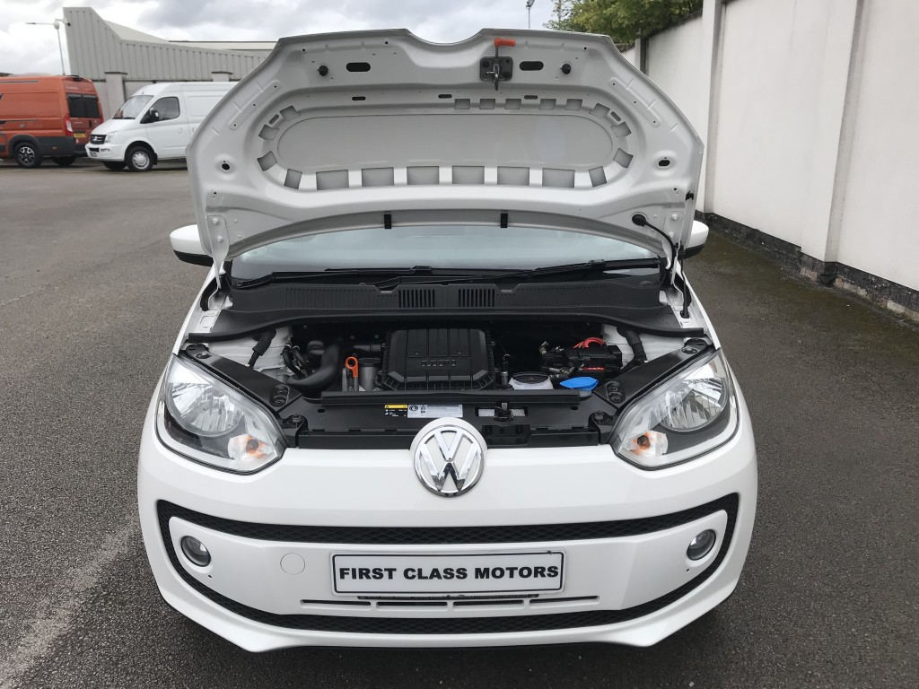 VOLKSWAGEN UP! 1.0 HIGH UP 3DR SEMI AUTOMATIC