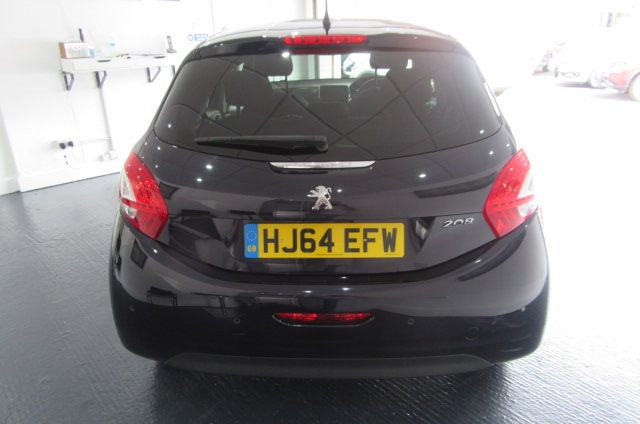PEUGEOT 208 1.2 STYLE 5DR