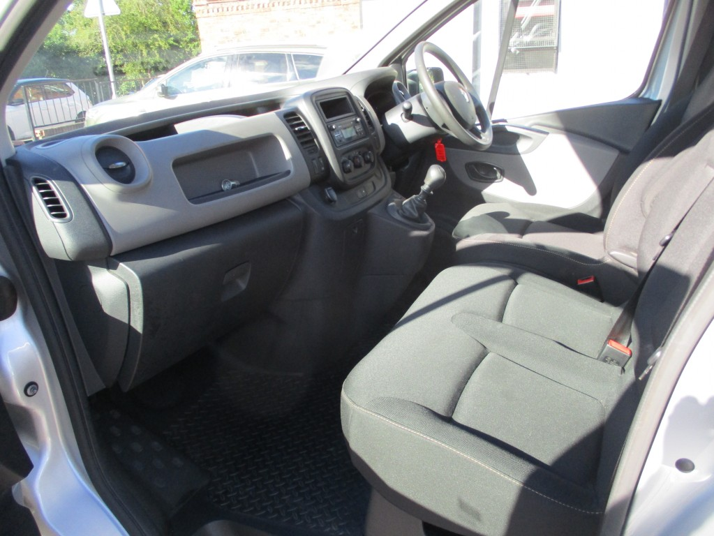 RENAULT TRAFIC 1.6 SL27 BUSINESS DCI