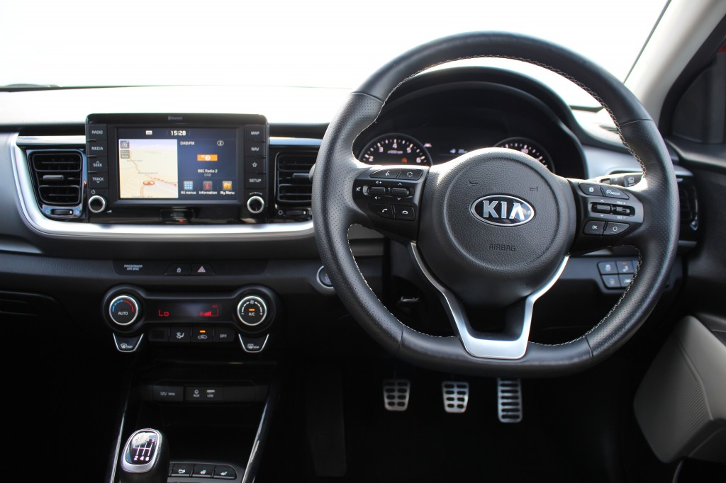 KIA STONIC 1.0 FIRST EDITION ISG 5DR