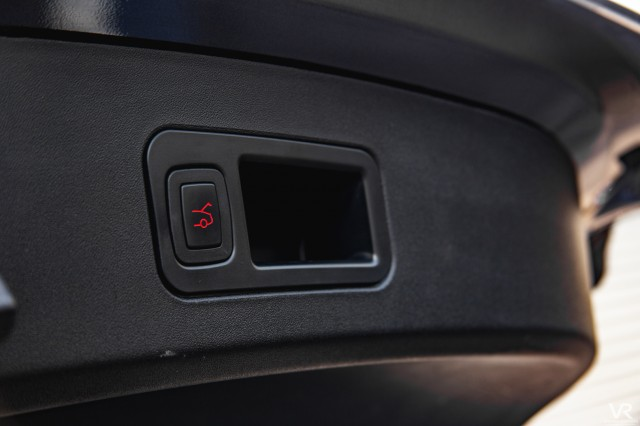 2016 (16) TESLA MODEL S 90D 5DR AUTOMATIC