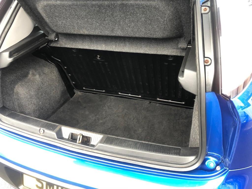 FIAT PUNTO 1.4 ACTIVE 3DR