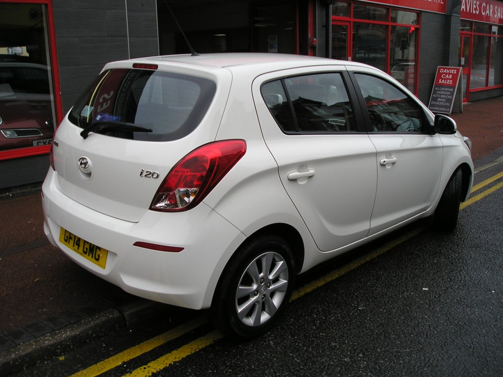 HYUNDAI I20 1.2 ACTIVE 5DR YES ONLY 27K,