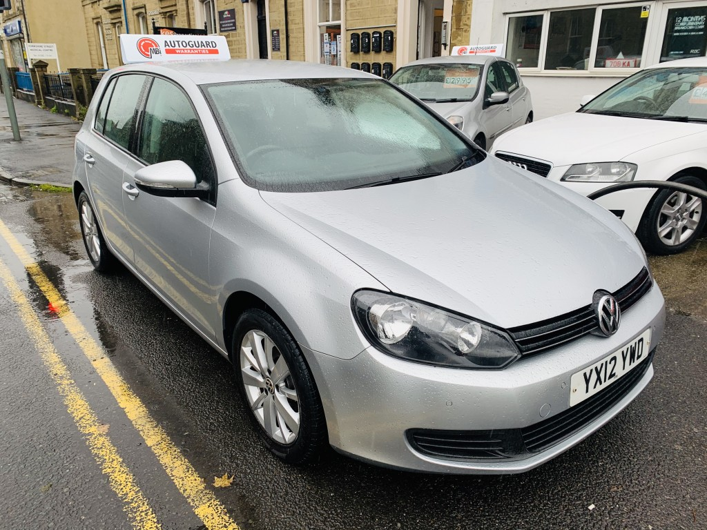 VOLKSWAGEN GOLF 1.6 MATCH TDI BLUEMOTION TECHNOLOGY 5DR