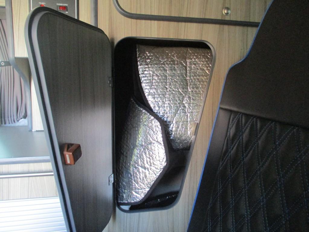 VOLKSWAGEN TRANSPORTER T32
