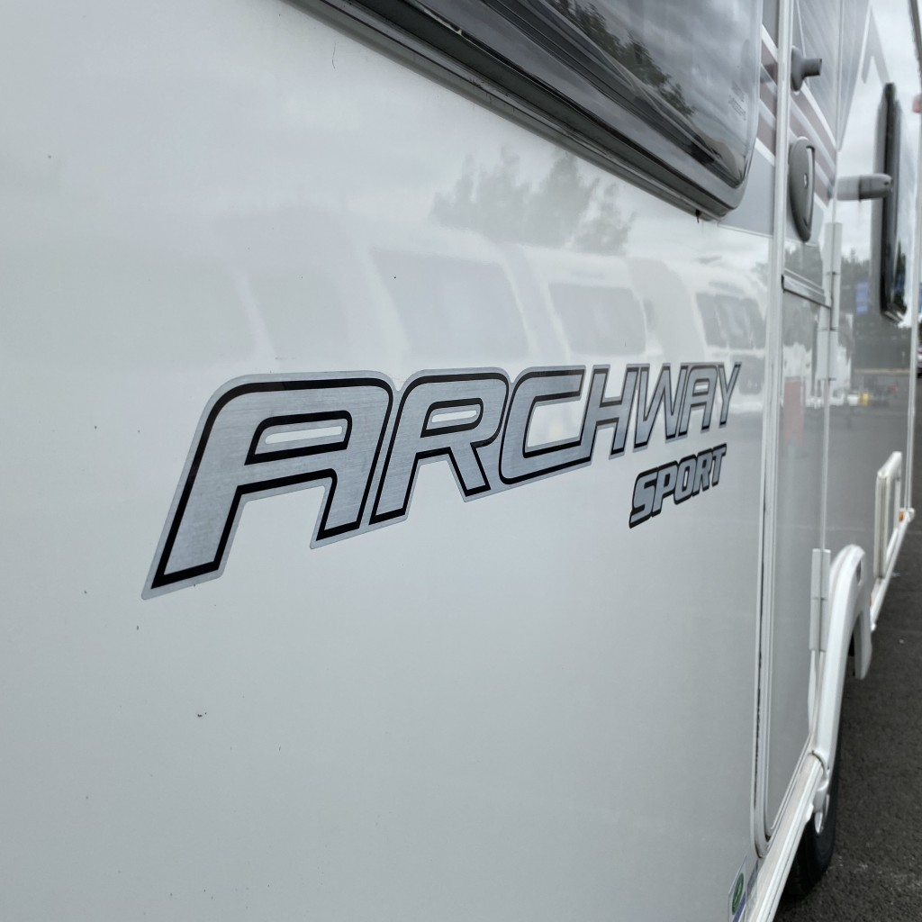 SWIFT Archway Sport  570