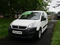 PEUGEOT PARTNER 1.6 BLUE HDI PROFESSIONAL L1 - 3 SEATS - AIR CON - BLUETOOTH