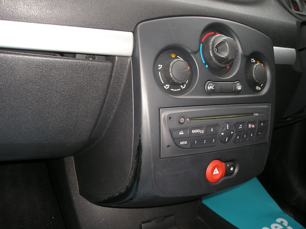 RENAULT CLIO 1.1 I-MUSIC 16V 3DR