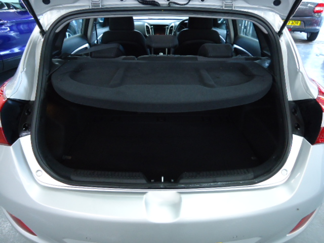 HYUNDAI I30 1.6 CRDI SE NAV BLUE DRIVE 5DR