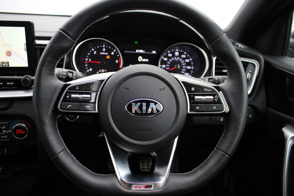KIA CEED 1.6 CRDI GT-LINE ISG 5DR