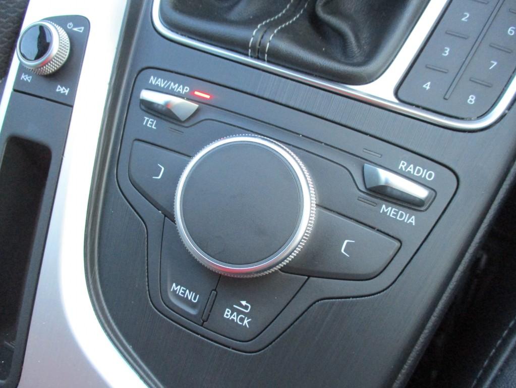 AUDI A4 2.0 TDI ULTRA SPORT 5DR