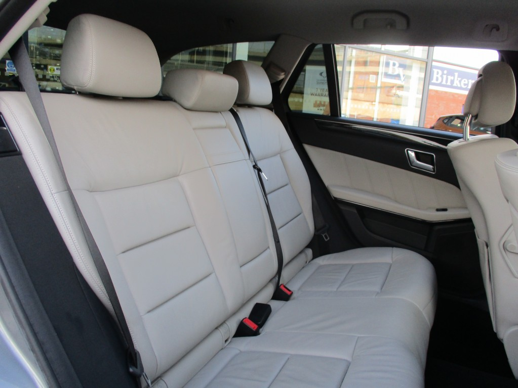 MERCEDES-BENZ E CLASS 2.1 E250 CDI BLUEEFFICIENCY AVANTGARDE 5DR AUTOMATIC
