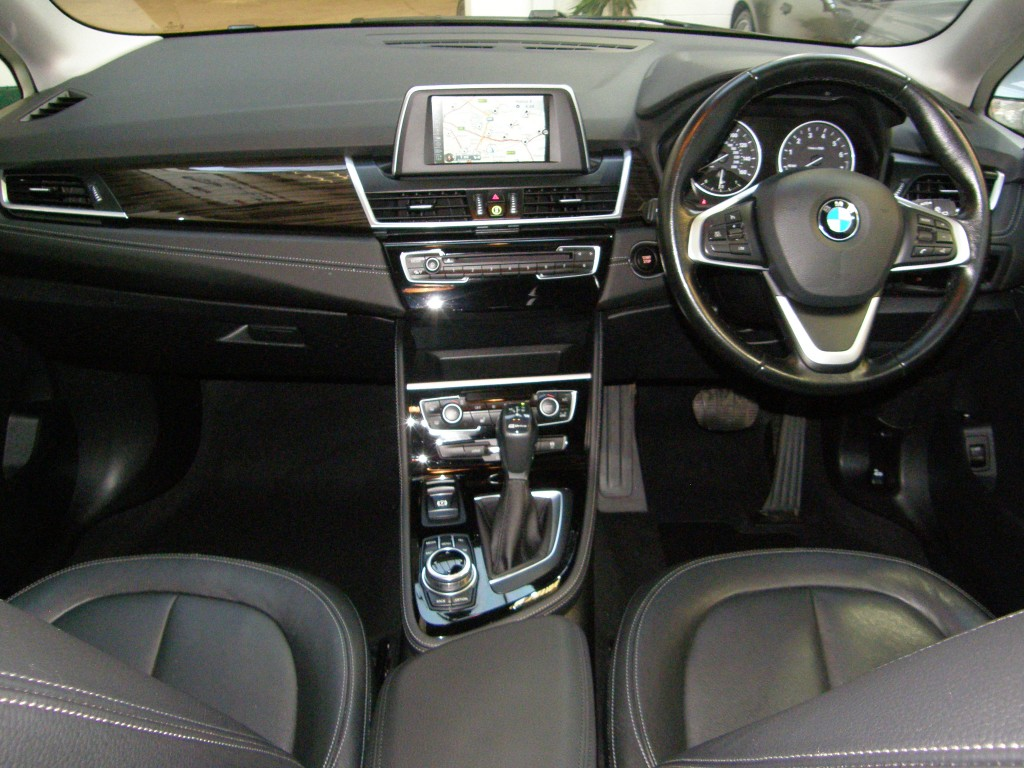 BMW 2 SERIES 1.5 225XE PHEV LUXURY ACTIVE TOURER 5DR AUTOMATIC