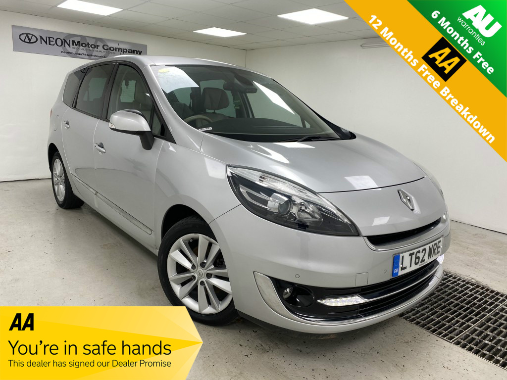 Used RENAULT SCENIC 1.5 DYNAMIQUE TOMTOM LUXE PACK DCI EDC 5DR SEMI AUTOMATIC in West Yorkshire