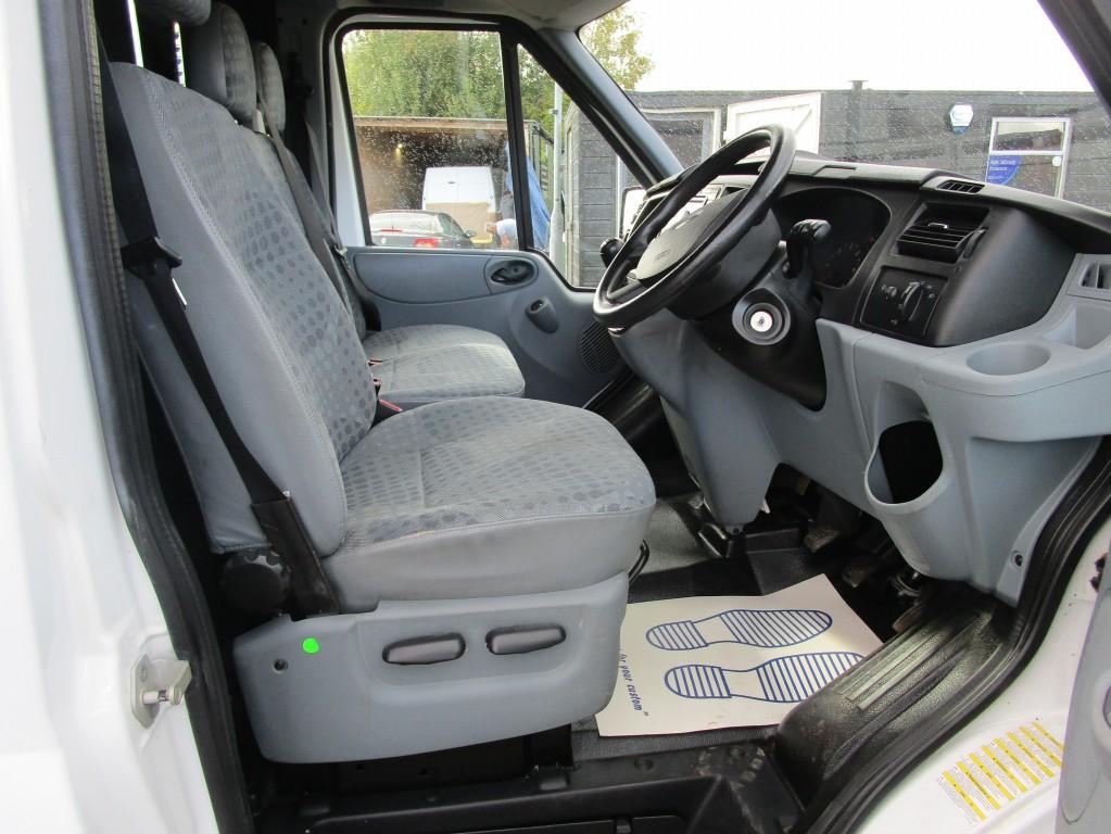 FORD TRANSIT 300 LR L1 H1 SWB 300 - EX BT - ONLY 61,000 MILES - FSH