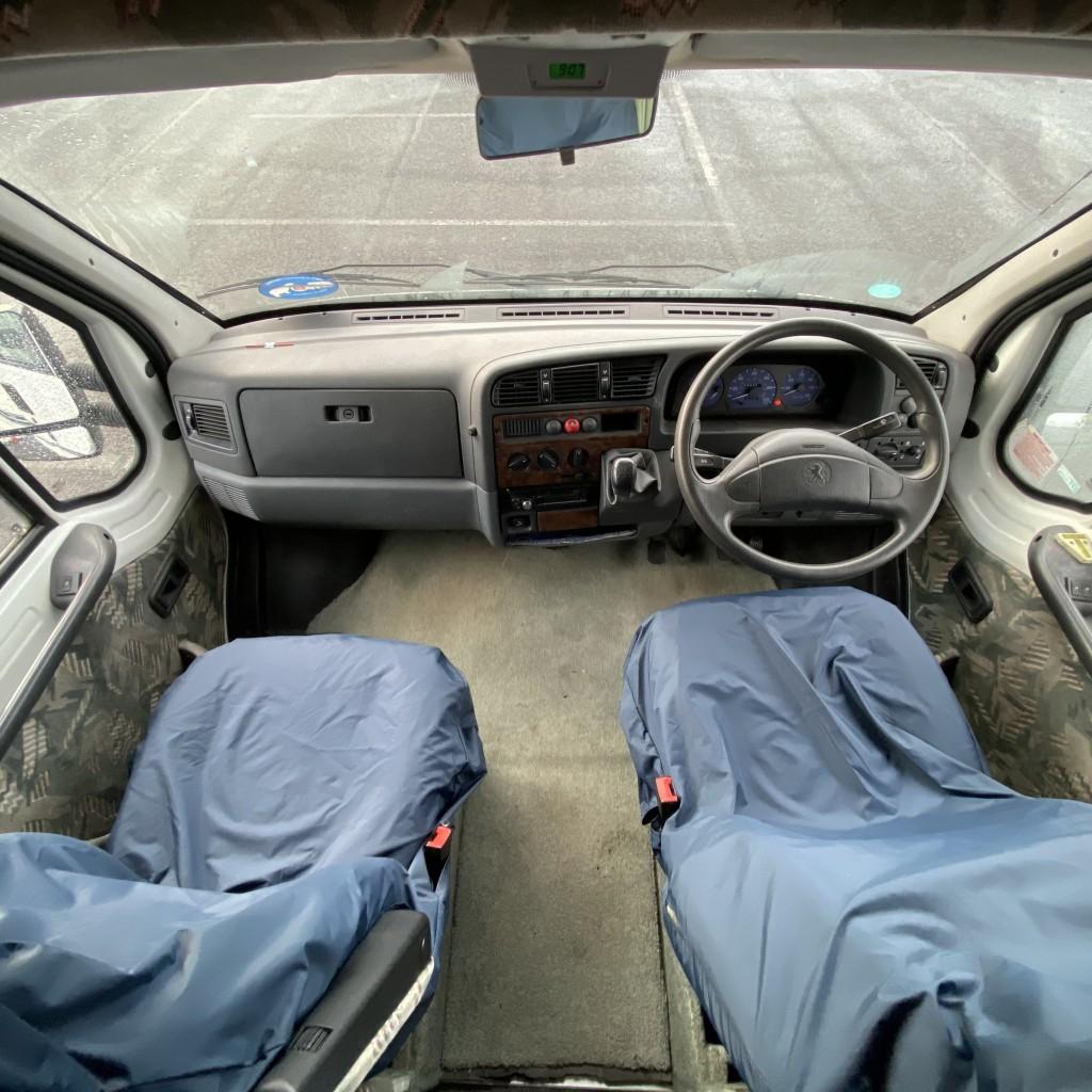 AUTO-SLEEPER Exectutive 320