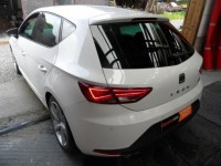 SEAT LEON 2.0 TDI 185-PS FR 5 DR HATCH 6 SPEED WHITE 1 PRE OWNER FROM NEW IMMACULATE CONDITION £30 A YEAR TAX