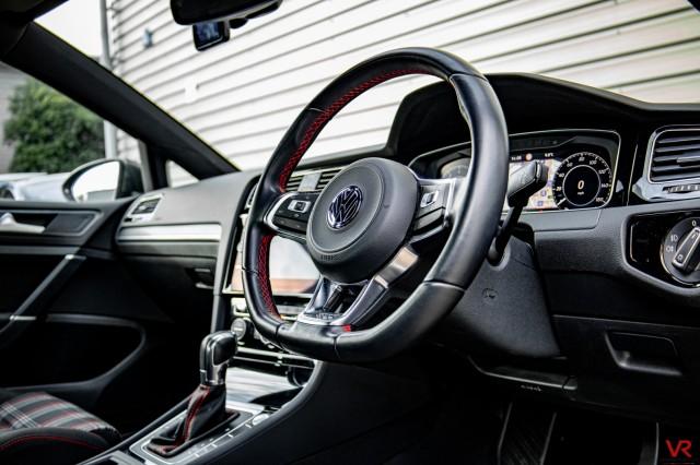 2019 (19) VOLKSWAGEN GOLF 2.0 GTI PERFORMANCE TSI DSG 3DR SEMI AUTOMATIC | <em>10,000 miles