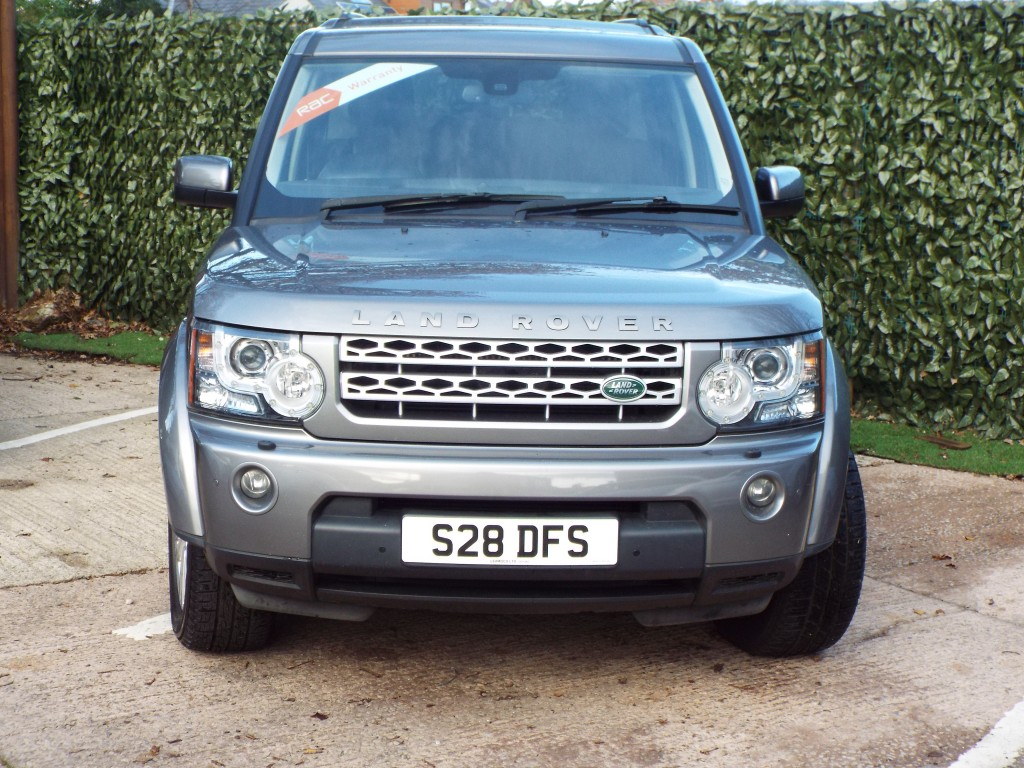 LAND ROVER DISCOVERY 3.0 4 TDV6 HSE 5DR AUTOMATIC