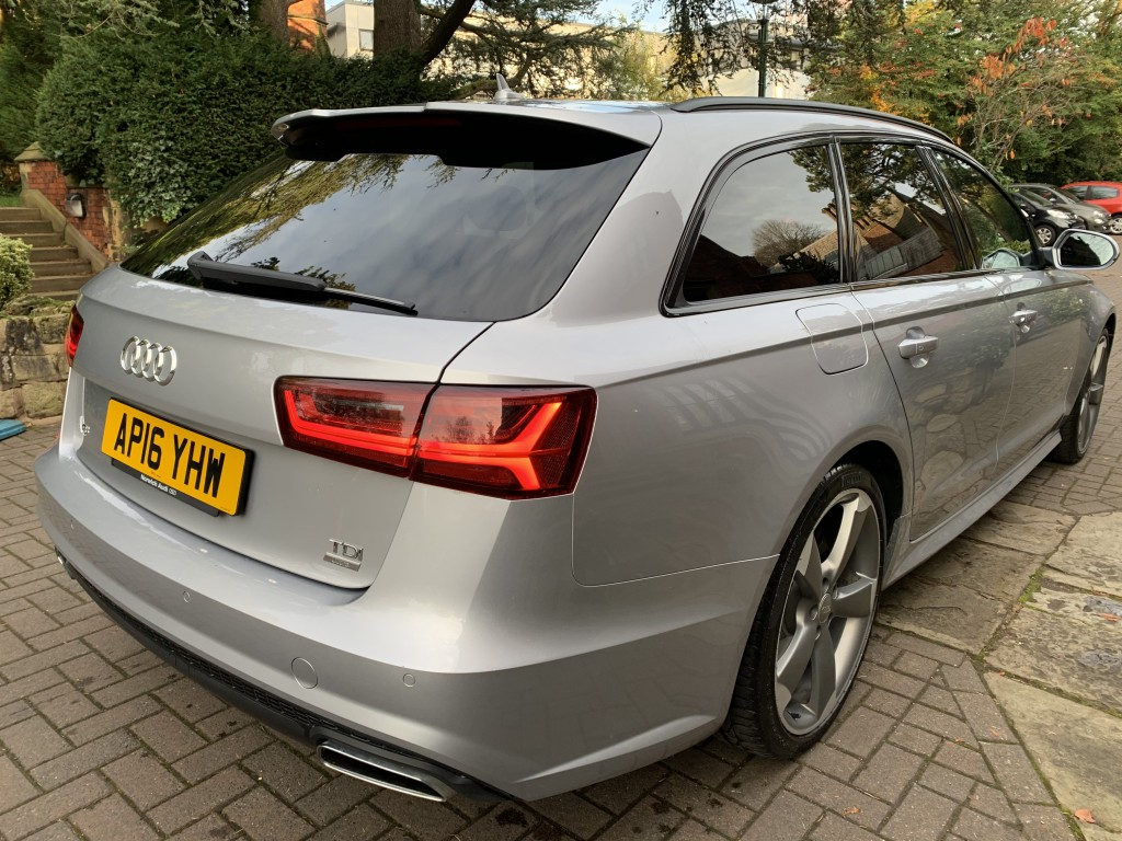 AUDI A6 2.0 AVANT TDI ULTRA BLACK EDITION 5DR
