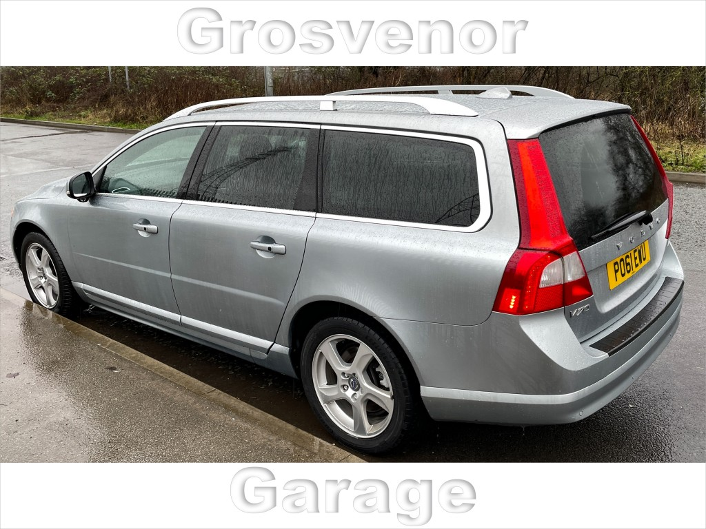 VOLVO V70 2.0 D3 SE LUX 5DR AUTOMATIC