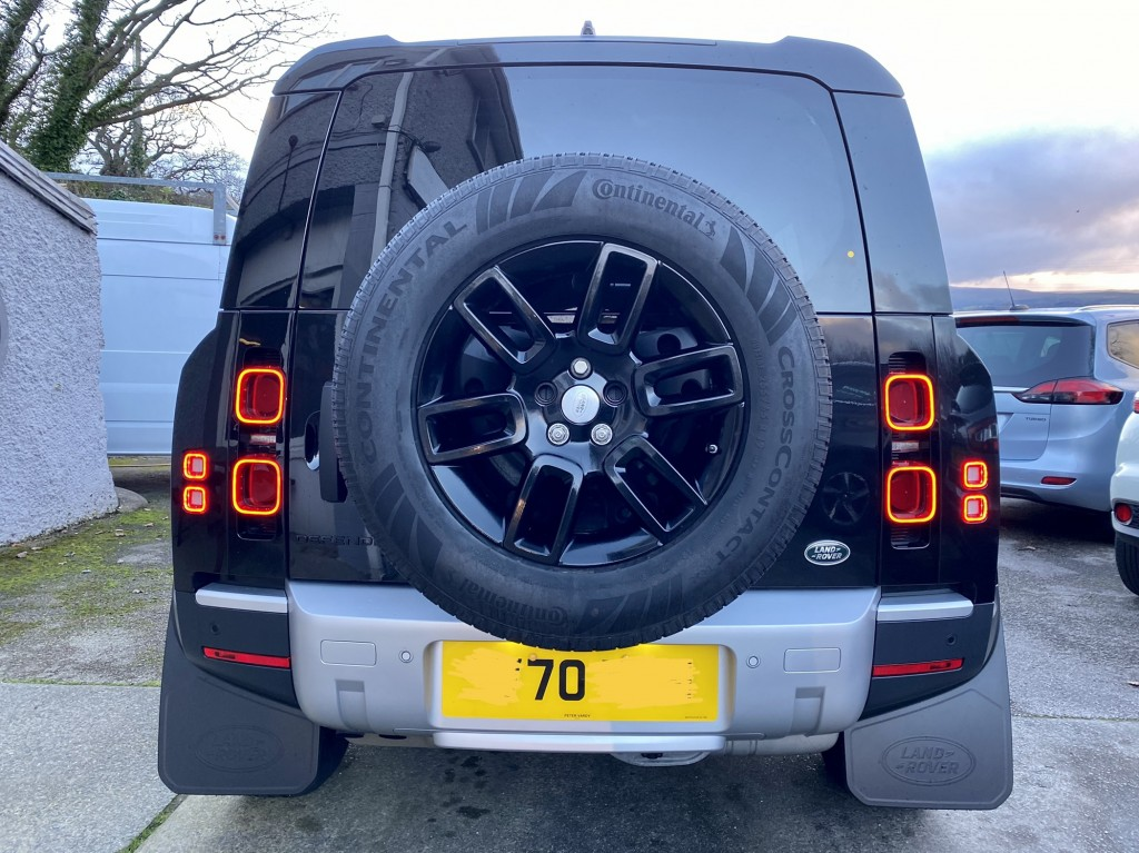 LAND ROVER DEFENDER S 2.0 S 5DR 110  AUTOMATIC