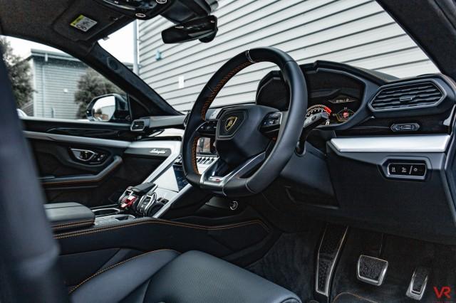 2019 (69) LAMBORGHINI URUS 4.0 V8 5DR AUTOMATIC   <em>2,610 miles