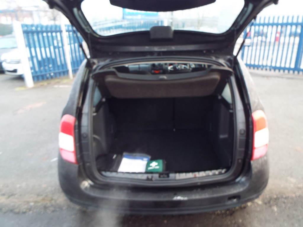 DACIA DUSTER 1.6 AMBIANCE SCE 5DR