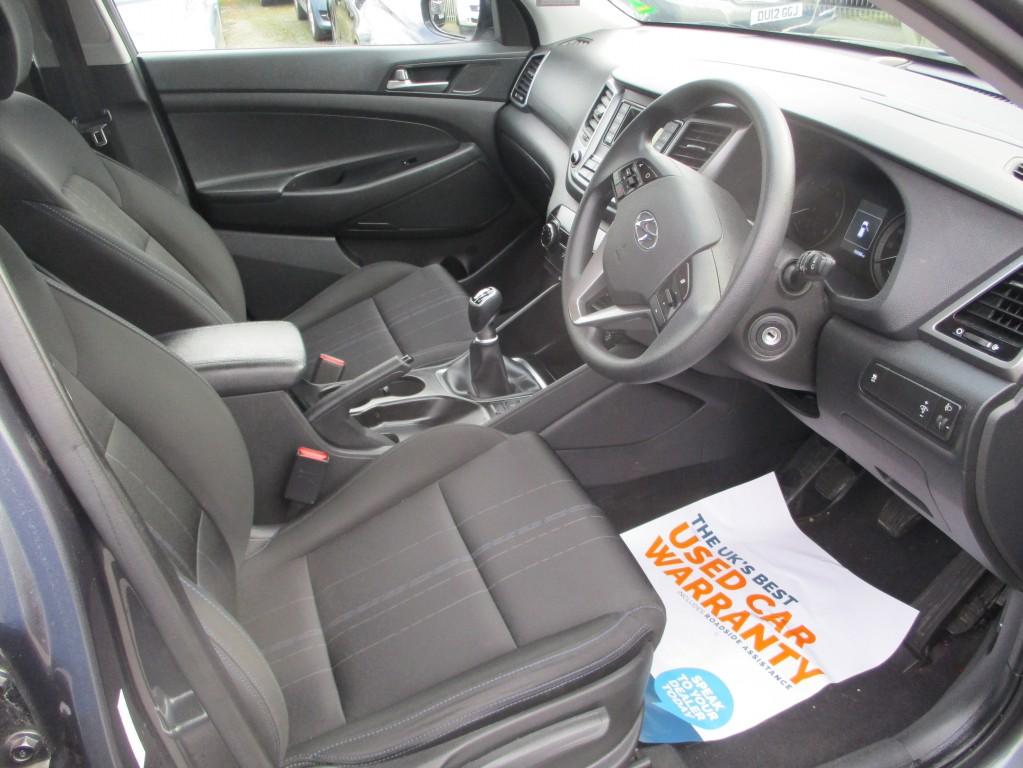HYUNDAI TUCSON 1.7 CRDI S BLUE DRIVE 5DR