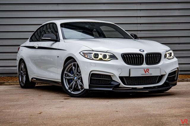 2015 (65) BMW 2 SERIES 3.0 M235I 2DR AUTOMATIC   <em>49,168 miles