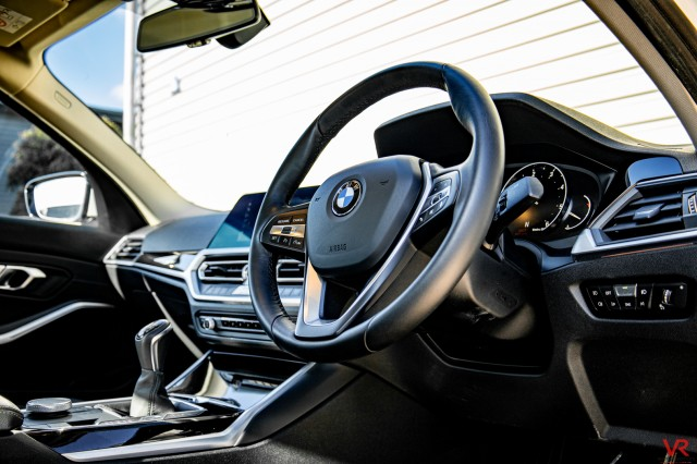 2020 (69) BMW 3 SERIES 320D SPORT 2.0 320D SPORT 4DR | <em>15,927 miles