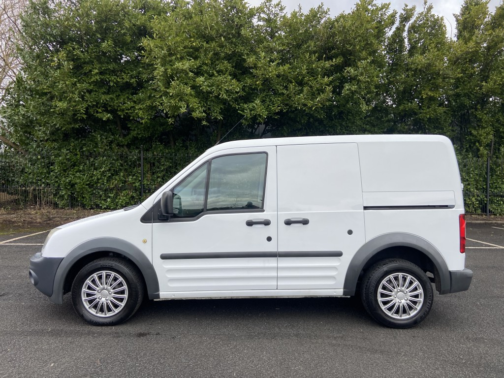 FORD TRANSIT CONNECT 1.8 T200 LR