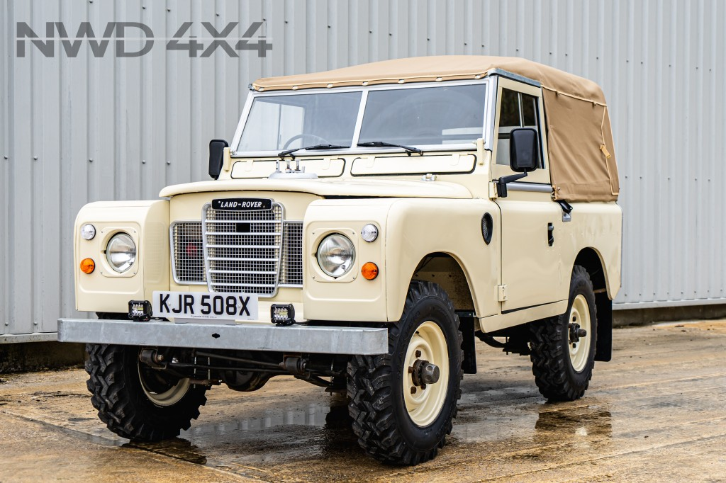 Used LAND ROVER SERIES 3 III 88 4 CYL SSOFT TOP  2.3 4 CYL in Lancashire