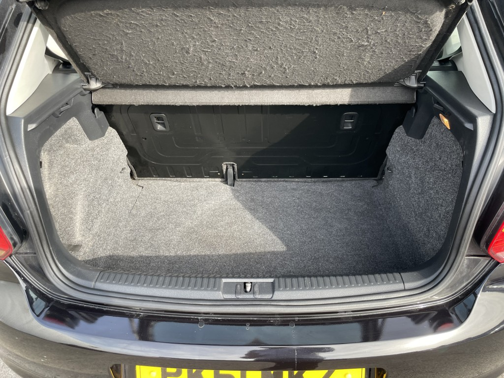 VOLKSWAGEN POLO 1.2 S A/C 5DR