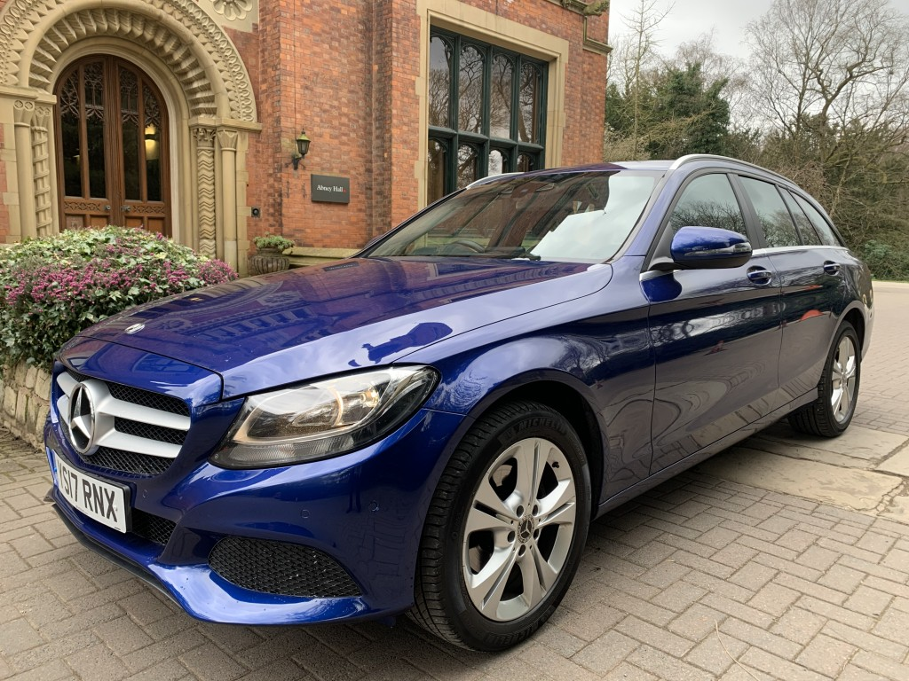 MERCEDES-BENZ C CLASS 1.6 C 200 D SE EXECUTIVE EDITION 5DR