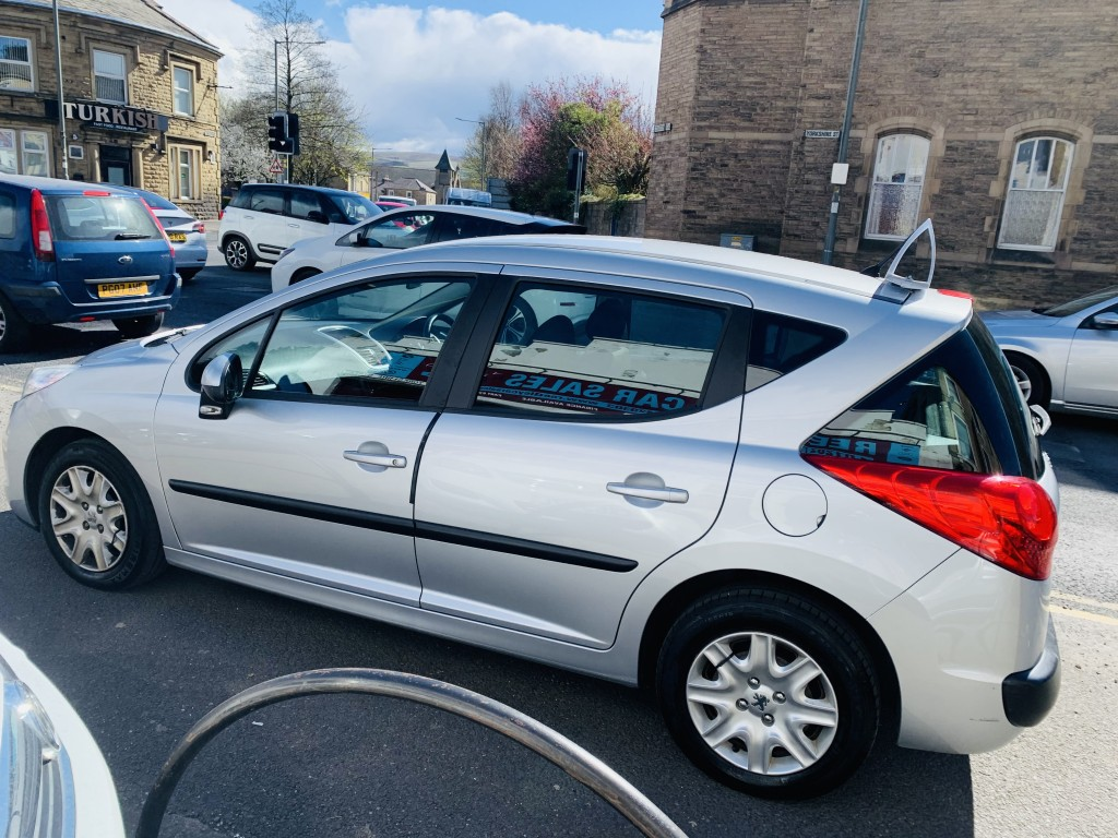 PEUGEOT 207 1.6 HDI SW S 5DR