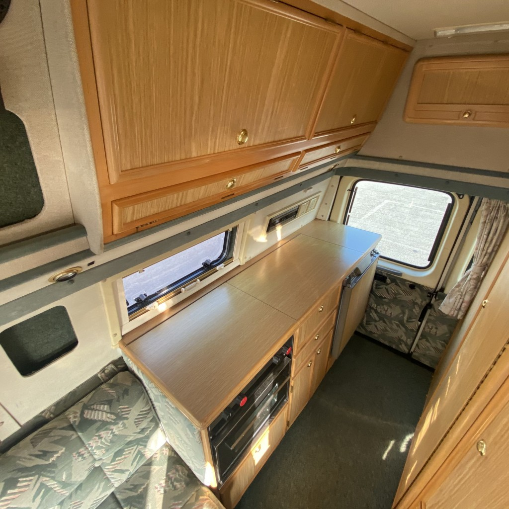 AUTO-SLEEPER Duetto Campervan