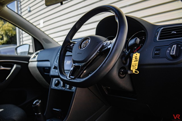 2017 (17) VOLKSWAGEN POLO 1.2 MATCH EDITION TSI 5DR | <em>21,472 miles