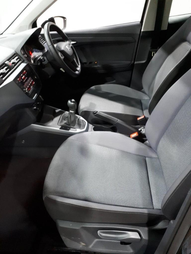 SEAT ARONA 1.0 TSI SE 5DR