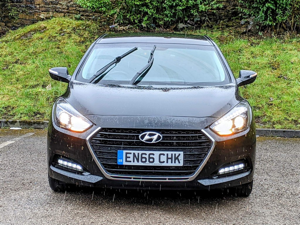 HYUNDAI I40 1.7 CRDI SE NAV BUSINESS BLUE DRIVE 4DR SEMI AUTOMATIC