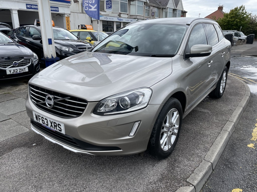 VOLVO XC60 2.4 D4 SE LUX NAV AWD 5DR AUTOMATIC