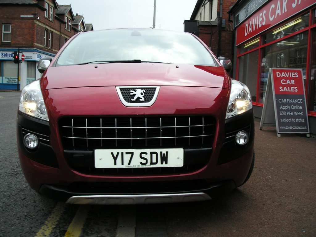 PEUGEOT 3008 1.6 HDI STYLE 5DR