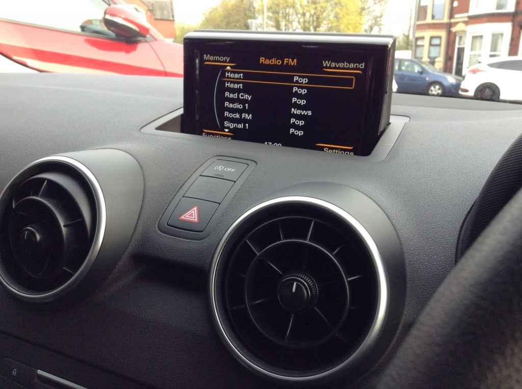 AUDI A1 1.0 TFSI SE 3DR
